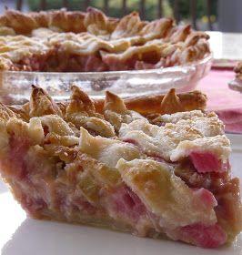 Thibeault's Table: Rhubarb Pie - A Taste of Spring