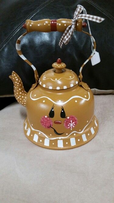 Gingerbread Tea Pot