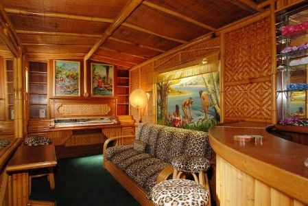 Tiki bar at the Wolf's Lair in Hollywood.  Now owned by Moby.  Has a secret entrance.  #want