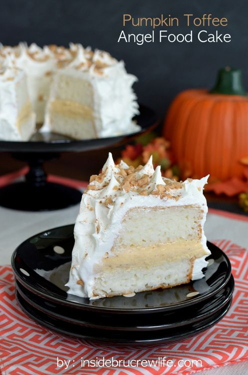 Pumpkin Toffee Angel Food Cake - no bake pumpkin toffee filling inside a Sara Lee angel food cake makes it perfect for every occasionToffee Filling, Angel Food Cakes, Sara Lee, Pumpkin Toffee, Baking Pumpkin, Lee Angels, Filling Inside, Angels Food Cake, Toffee Angels