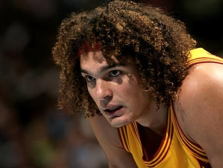 Is Signing LeBron James Only Way Anderson Varejao Stays with Cleveland Cavaliers?