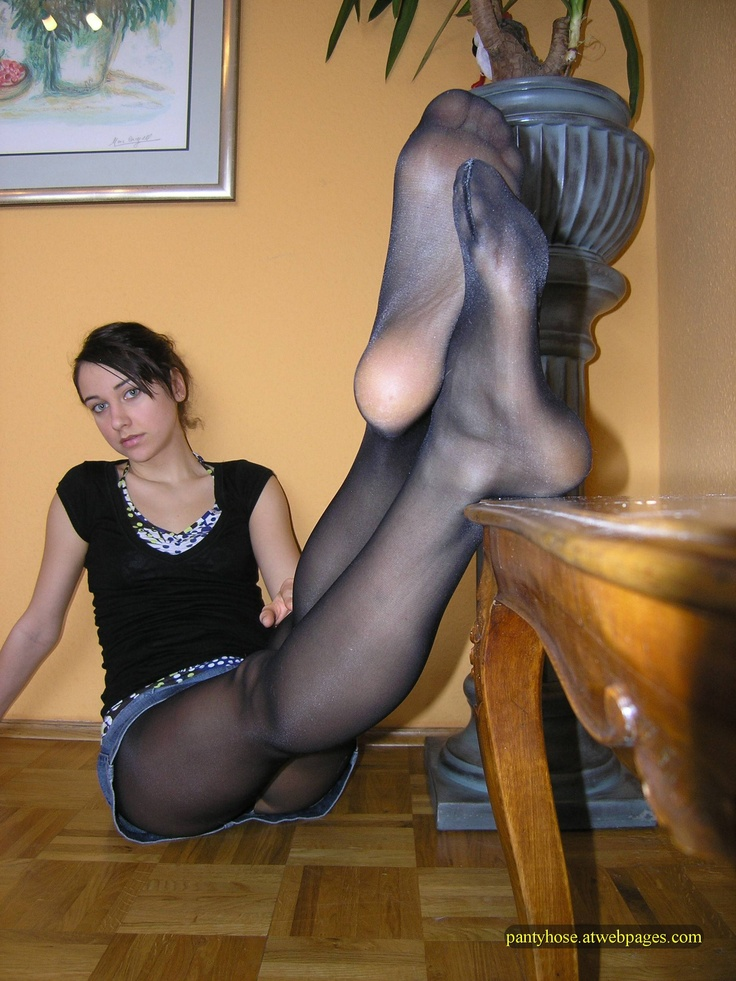 free nude pantyhose pics high res