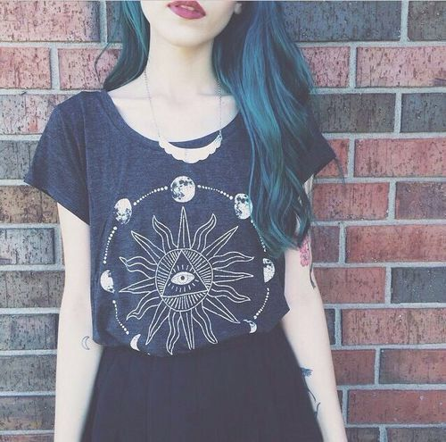 Cool grunge clothes here