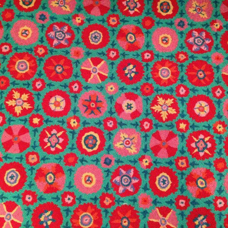Les 25 meilleures id es de la cat gorie tapis turquoise for Tapis gris et turquoise