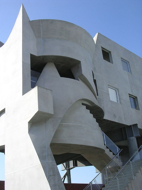 162 best images about eric owen moss on pinterest for Moss building design