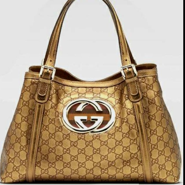 classic and luxurious.. Gucci