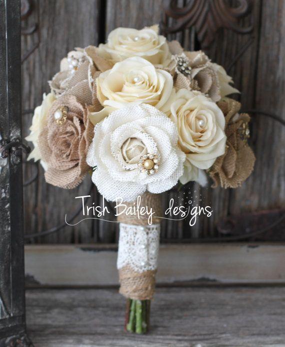 Toile de jute et Bouquet de mariée par FloralDesignsbyTrish sur Etsy