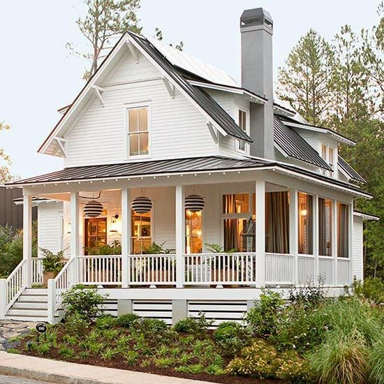 love this porch and roofline