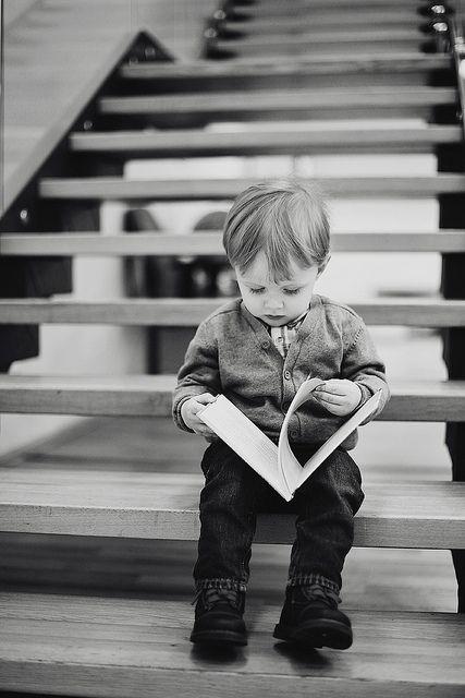 ...#biblioteques_UVEG