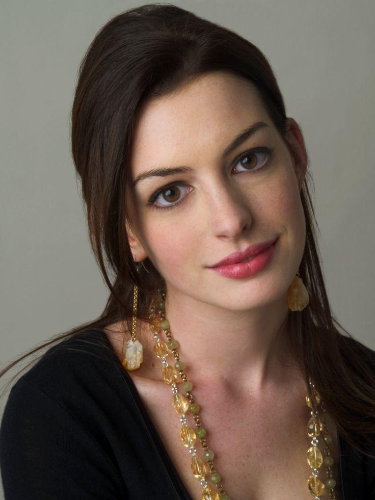384 best Anne Hathaway... Julie Andrews And Anne Hathaway