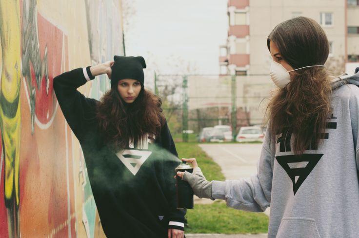 Photo: Kamila Błaszkiewicz Photography Make up: Make up Artist - Mariola Bednarska Models: Daria Rębiś i Marlena Suchenia Hair: Madamefranco Hairdesigner Design: Mery Faithfull   #muamariola #street #gang #streetart