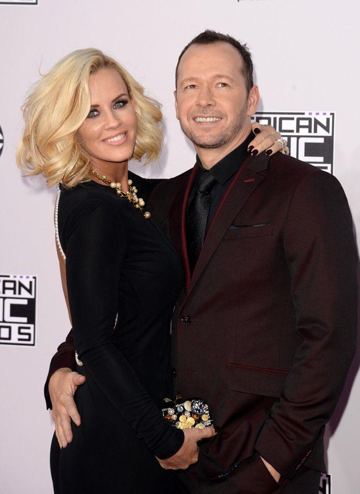 Pin for Later: Les Plus Beaux Looks des American Music Awards, C'est Par Ici Jenny McCarthy et Donnie Wahlberg