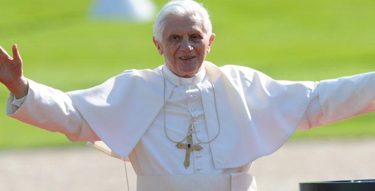 Papst Benedikt XVI. - Papst Benedikt XVI. hat einen eigenen Account beim Kurznachrichten-Dienst Twitter eröffnet.