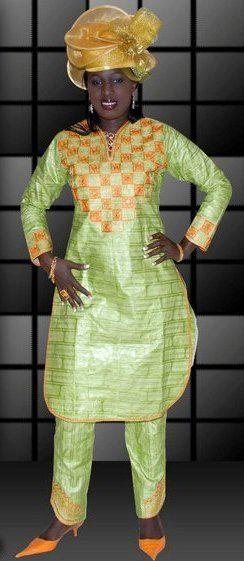 Vêtements de la femme africaine vert avec un par NewAfricanDesigns