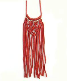 how to do macrame t shirt yarn necklace - Buscar con Google