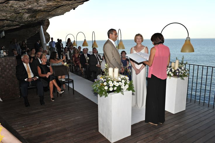 Wedding celebrant in Puglia