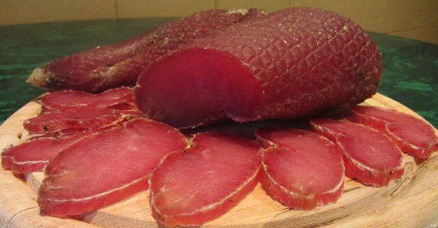 Вкуснейшее вяленое мясо по простому рецепту! Больше не куплю в магазине – только домашнее!