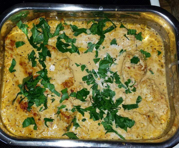 Rezept Hühnchen in einer Sauce aus sonnengetrockneten Tomaten und Käse im Thermomix von Papierkreationen.net - Rezept der Kategorie Hauptgerichte mit Fleisch