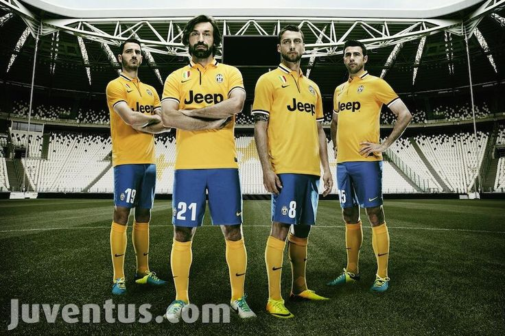 La nuova maglia della Juve, hmmm è gialla =/... ma è ancora troppo bella.