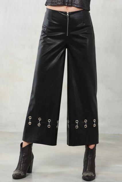 Siyah Kuşgözlü Deri Pantolon