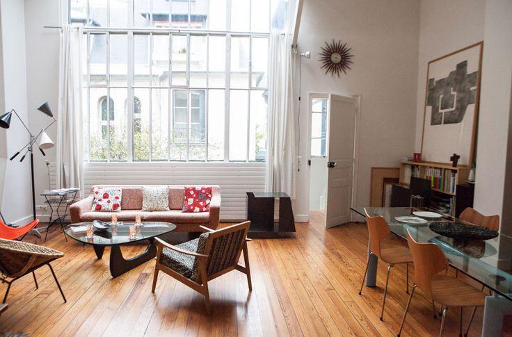 freunde von freunden vernissage im wohnzimmer lebensart. Black Bedroom Furniture Sets. Home Design Ideas