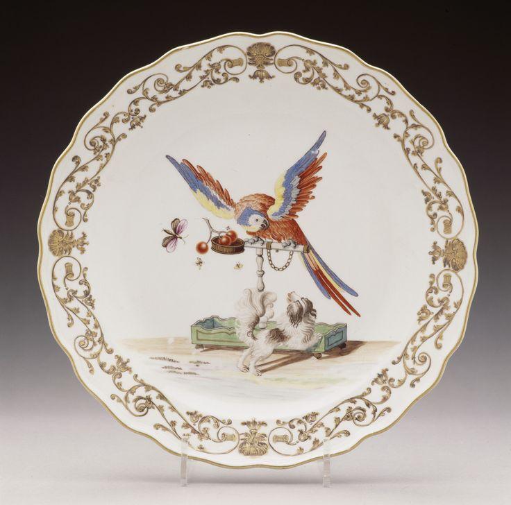 Schüssel mit Papagei und Bologneser Hund   Meißener Porzellanmanufaktur   Bildindex der Kunst & Architektur