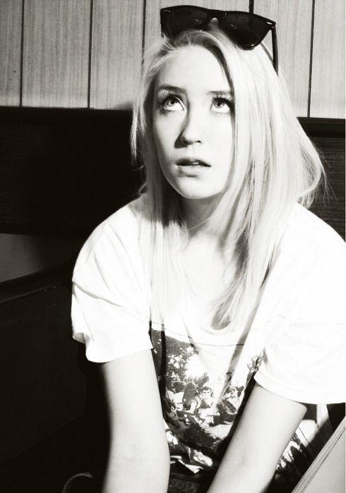 lily loveless, she's so beautiful