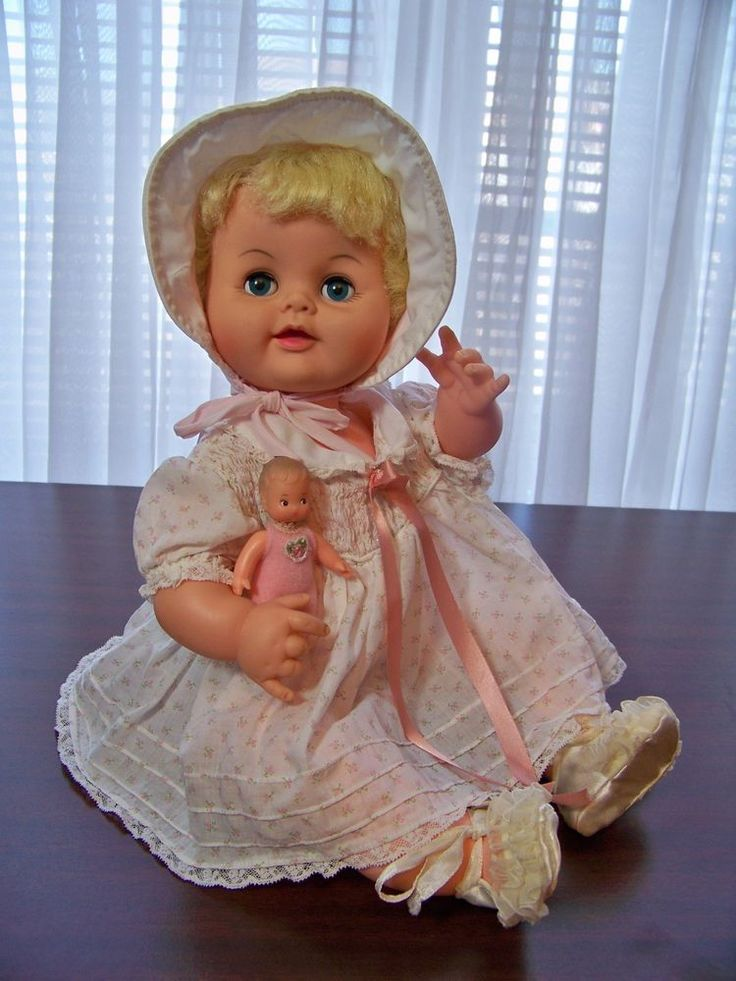 """Adorable vintage FD """"Sissy"""" blonde baby doll, redressed, w/tiny baby Hong Kong #FD #DollswithClothingAccessories"""