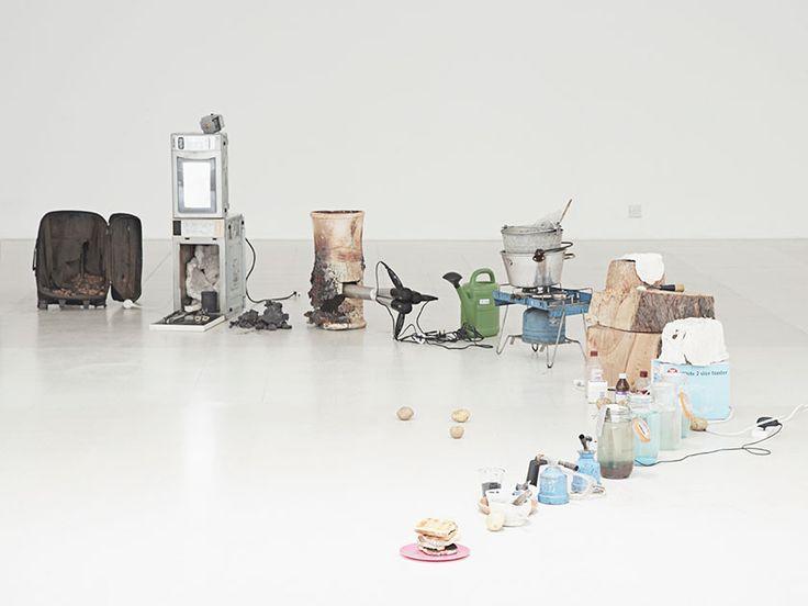 The Toaster Project by Thomas Thwaites, Photo: Nick Ballon