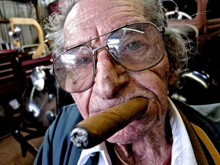 Bill Hines: very humble man who would talk to you all day long, creator of magnificent works of rolling art passed away, age 94. 1922-2016 ~ RIP Bill Hines.