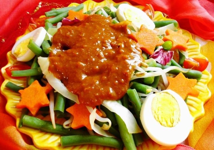 Petjel (populairste Surinaamse groentesalade)