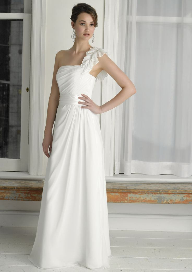 Henry Roth Carrie Colour Ivory Size 22 Price $500.00