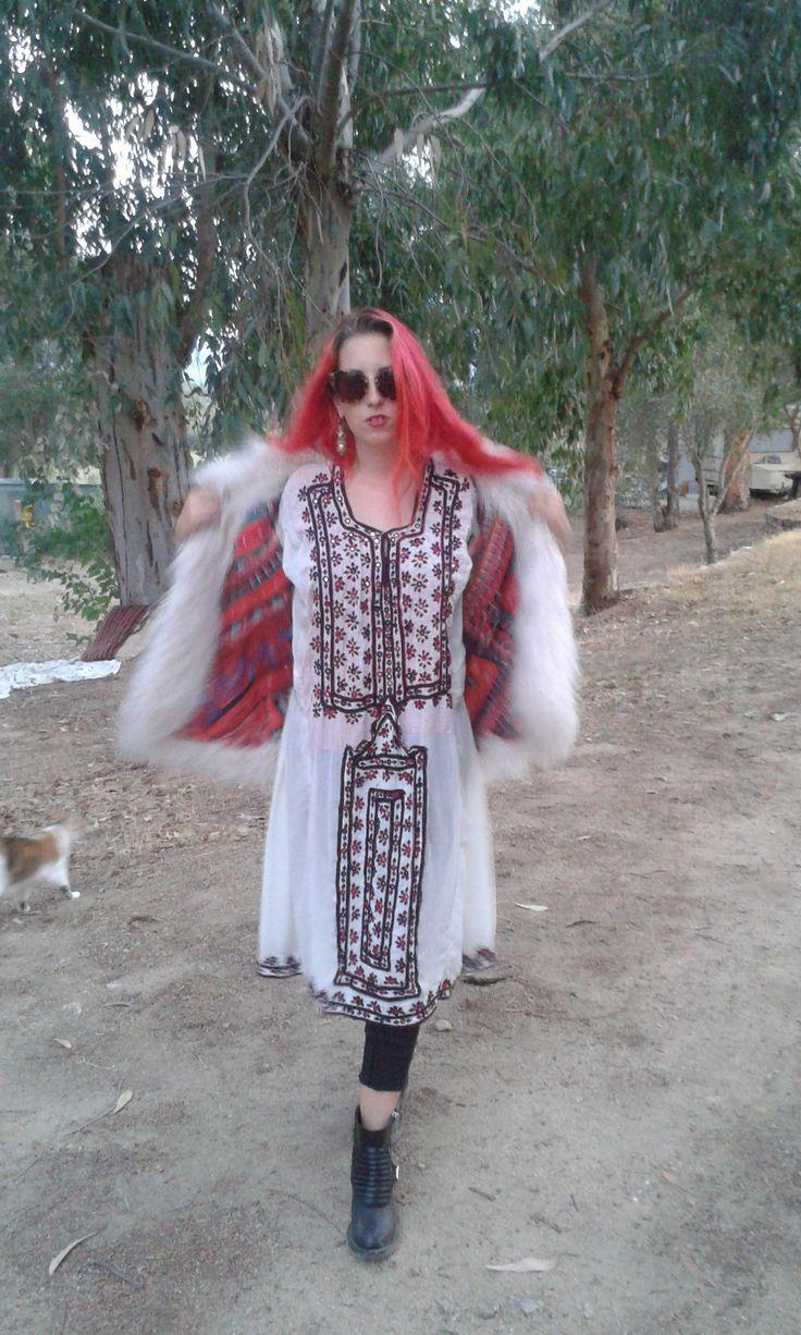 Elizabeth the First white baluchi dress margotgarage.it new blog post baluchi fashion