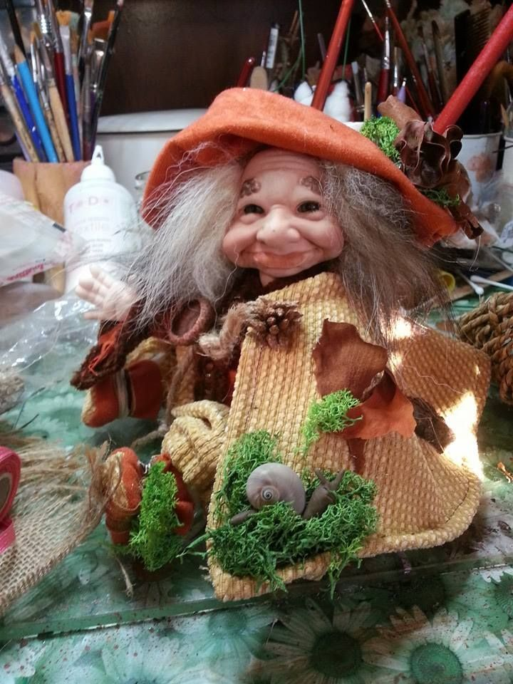 elfo in porcellana venduto