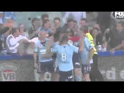 Del Piero marca na abertura da A-League - http://www.colecaodecamisas.com/del-piero-marca-na-abertura-da-a-league/