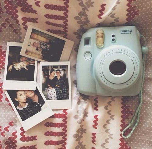 Puedo no tener un celular, no sirve para nada. Pero lo que tengo son Libros Cafe y una Camera♥♥