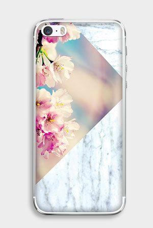 Połączenie modnego marmuru i motywu kwiatów: http://www.etuo.pl/etui-na-telefon-kolekcja-floral-case-flower-and-marble.html