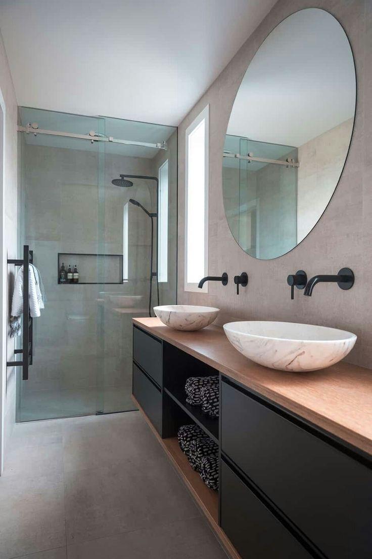 Ronde spiegel, ronde waskommen, mooie kleurstellin…