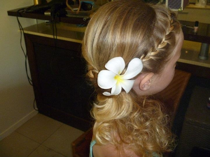 35 Wedding Updo Hairstyles For Long Hair From Ulyana Aster: 25+ Best Ideas About Junior Bridesmaid Hairstyles On