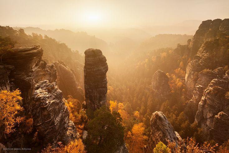35PHOTO - Daniel Rericha - Golden autumn