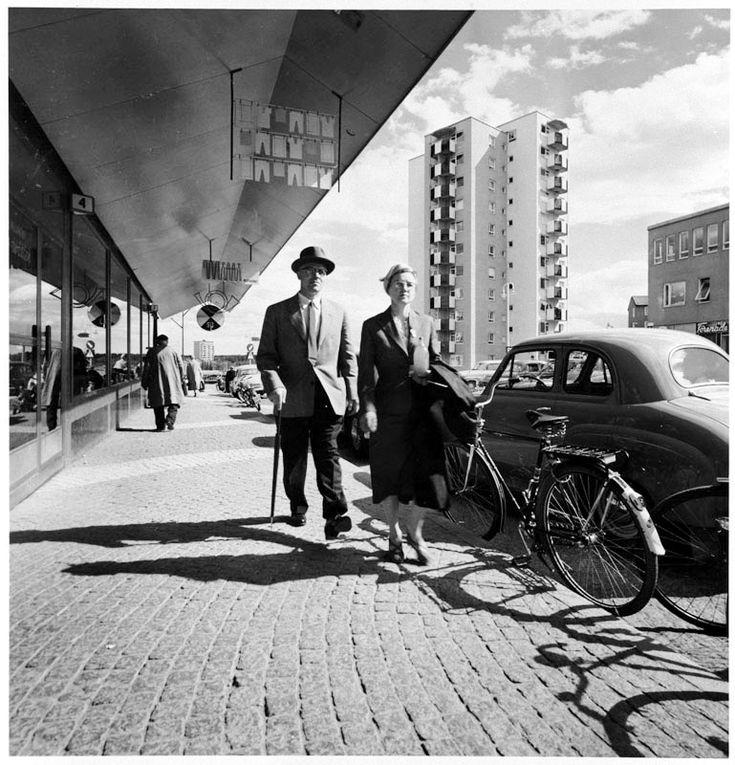 Vällingby Centrum. Foto: Lennart af Petersens, 1957.