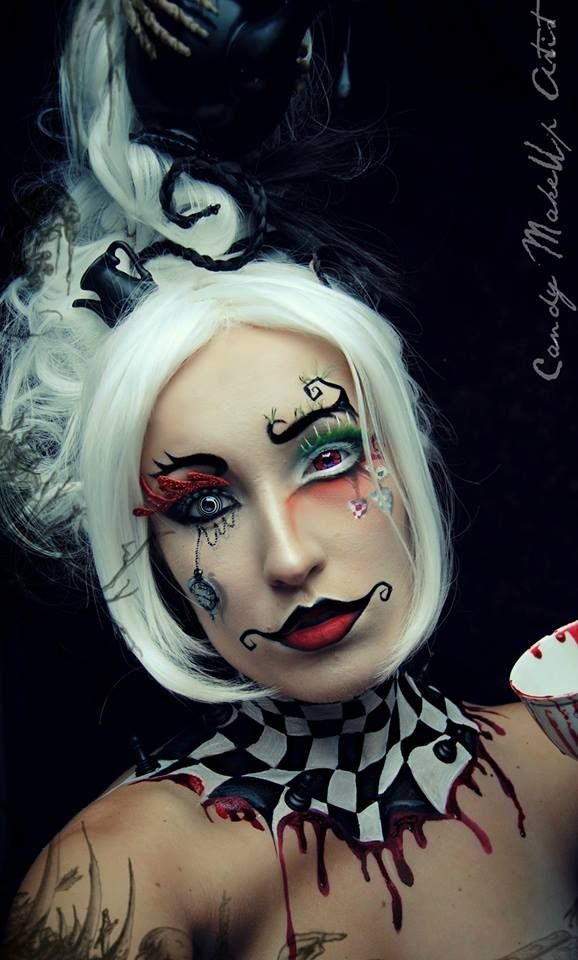 I'm obsessed with circus themed makeup. Neck paint is amazing but I'd do it in teal n white