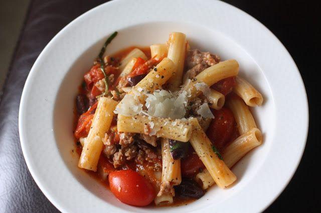Week of Menus: Sausage Rigatoni with Kalamata Olives: Squashing ...
