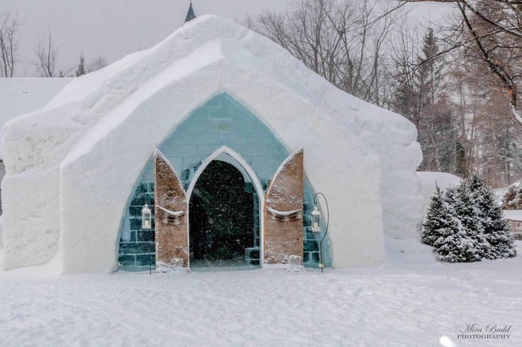 Must see places in Quebec city in winter Ice Hotel Quebec City - Hôtel de Glace de Quebec Old Quebec City Montmorency Falls - Quebec City Waterfalls Carnaval de Québec - Quebec City Winter Carnival...