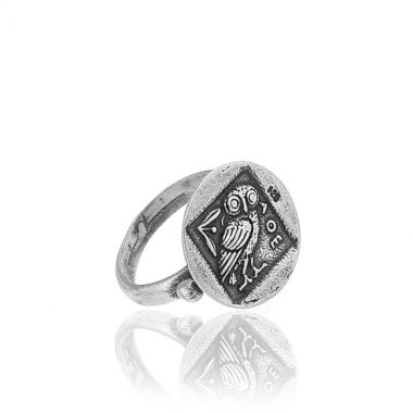A 925 fine silver ring featuring the Owl of the goddess Athena, a famous greek design carved by hand. Symbol of wisdom and knowledge in ancient Greece still popular today, this classy and unique piece of silver jewellery is suitable for almost all occasions. Wear it daily to add extra elegance to all your business outfits. Match it with greek design sterling silver pendants. The concept and design of this ring is ideal for any classical history enthusiast and lovers of historic treasures.