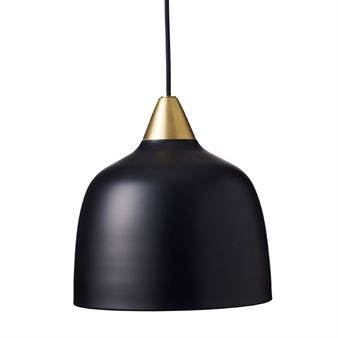 The Urban pendant by Superliving has a modern, retro-inspired design and is made of lacquered metal with detailing in brass. The classic Scandinavian design is easy to pair with close to any interior style and is the perfect choice over a small kitchen table or as additional lighting in a hallway or living room.