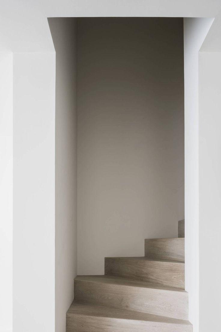Vincent Van Duysen - DRD Apartment in Knokke - Selected by La Chaise Bleue (lachaisebleue.com)