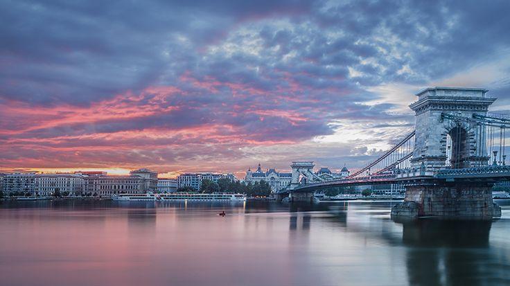 https://flic.kr/p/eW2TSp | Sunrise over Budapest