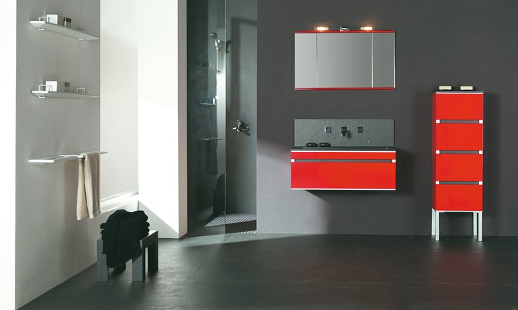 Uau it´s red! Fiora touch your bathroom