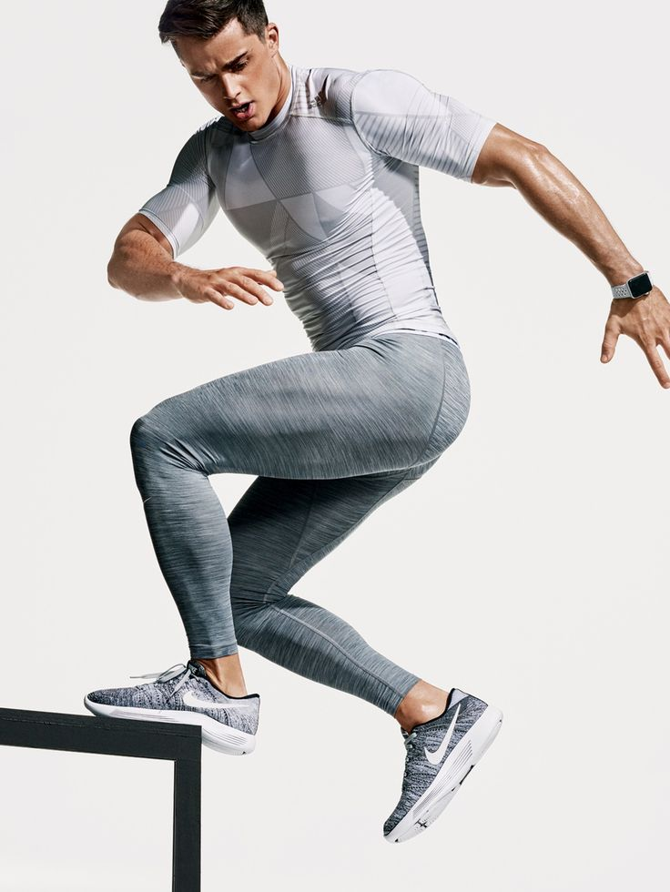 T-shirt, $28, + tights $35 by Adidas / Sneakers, $160, by Nike / Watch, $399, by Apple Watch Nike+